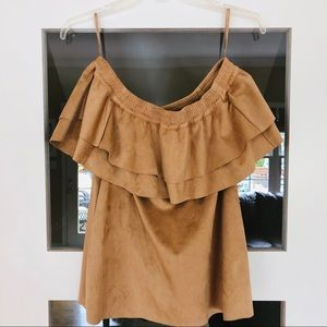 New York and Co SOOO cute sueded top! SZ S